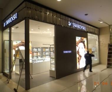 Implantação de loja Swarovski no shopping Iguatemi Alphaville