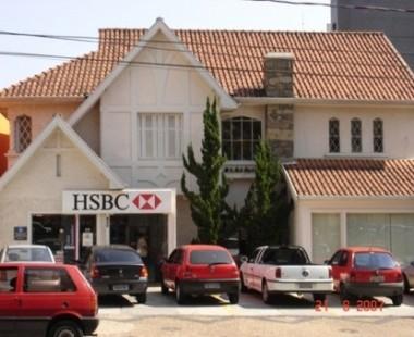 Construção de aproximadamente 20 agências e reforma completa do edifício sede